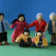 Puppenfamilie, asiatisch